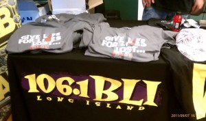 WBAB Gives out Beautiful 9-11 Remember TShirts