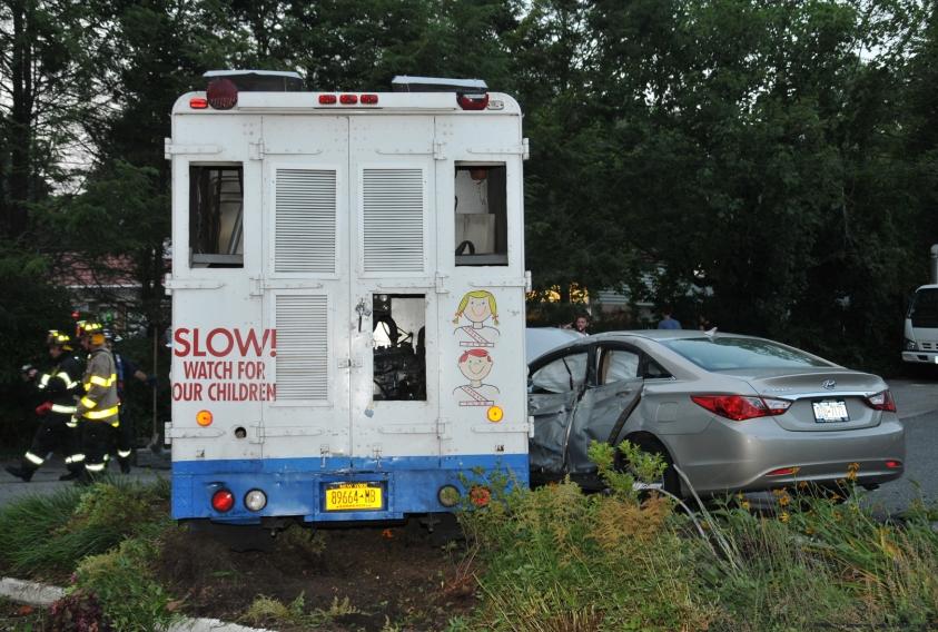 Ice Cream Truck Mr Softee Mister Softee Truck in...