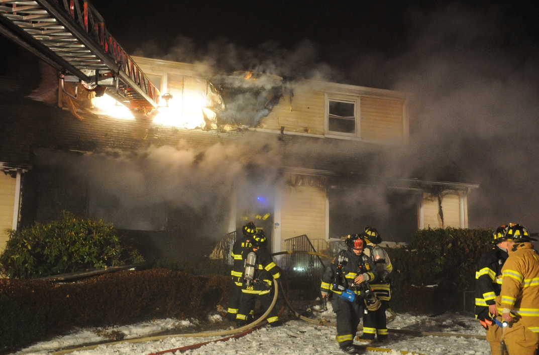 Melville FD Responds to Fatal House Fire | The Huntingtonian
