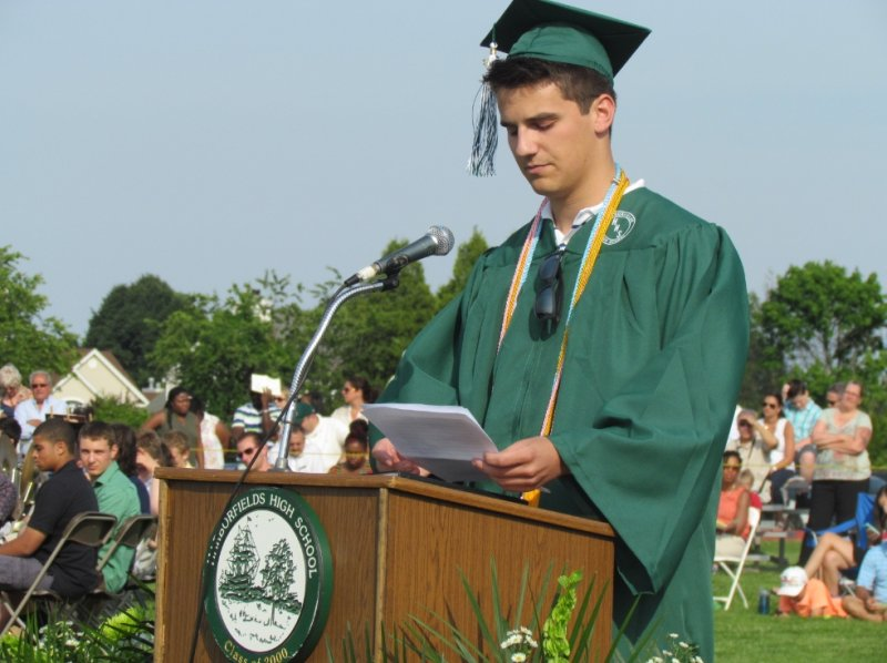 harborfields-graduation-2013-3