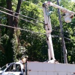 LIPA truck getting electric back on Woodbine Ave