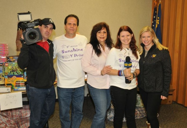 News 12-Dave Rahner, Mike,Hope and Victoria Plumitallo, News 12 Jackie Lukas.